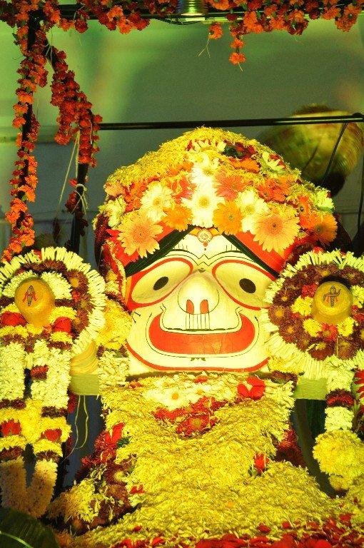 iskcon aurangabad pushya abhishek gaura vani prabhu 2018 17