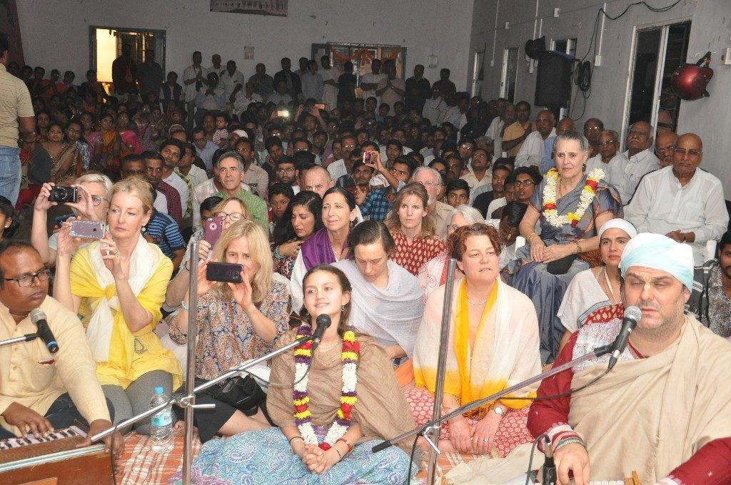 iskcon aurangabad pushya abhishek gaura vani prabhu 2018 21
