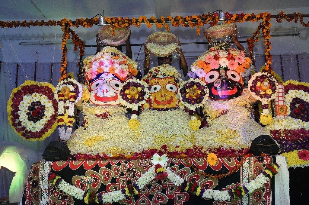 iskcon aurangabad pushya abhishek gaura vani prabhu 2018 32
