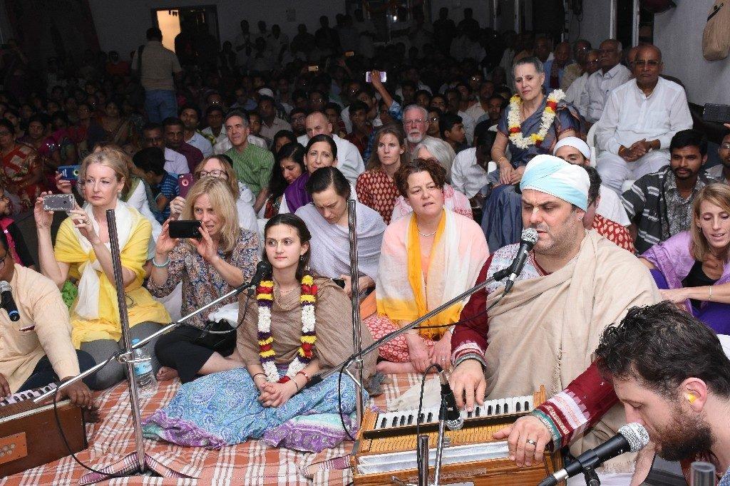 iskcon aurangabad pushya abhishek gaura vani prabhu 2018 34