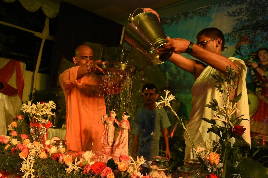 iskcon aurangabad krishna janmashtami 2018 57