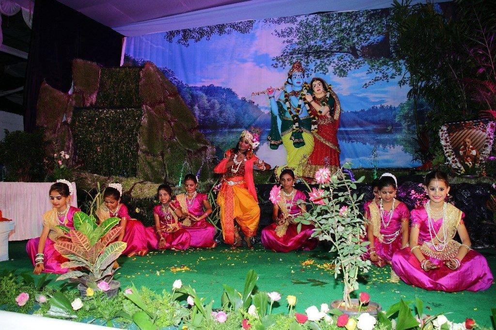 iskcon aurangabad krishna janmashtami 2018 14