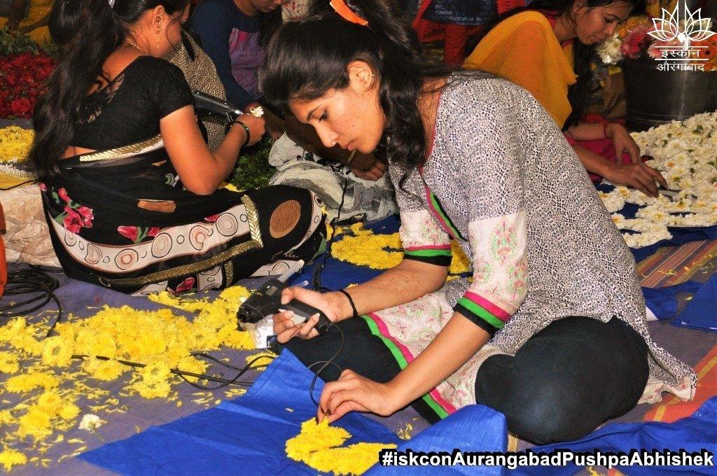 ISKCON Aurangabad Pushpa Abhishek Festival 2019 36