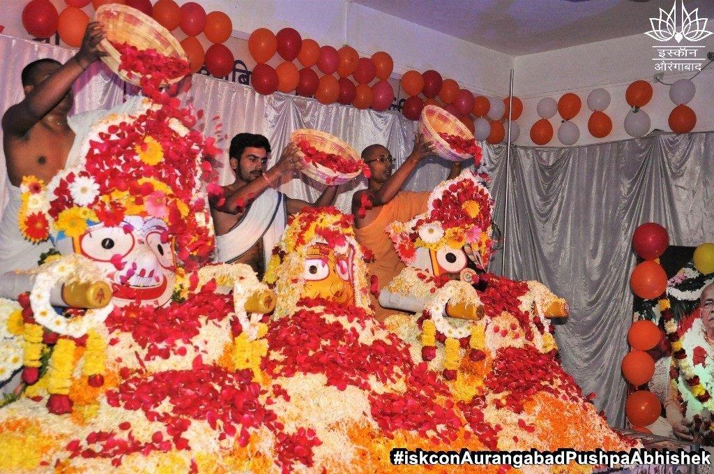 ISKCON Aurangabad Pushpa Abhishek Festival 2019 4