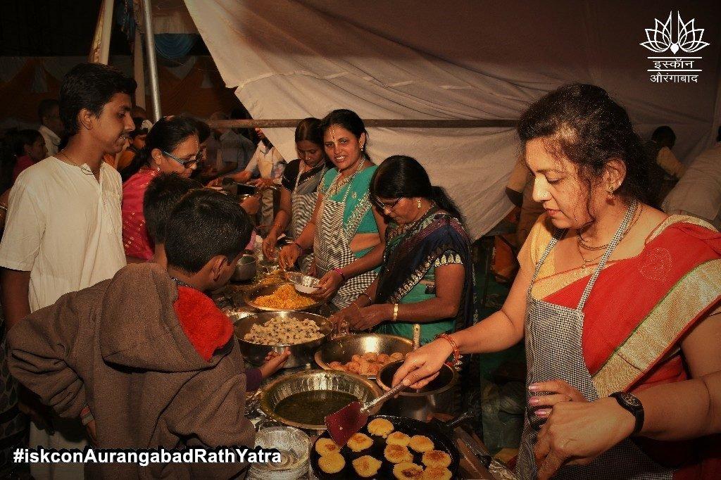 iskcon aurangabad rath yatra festival january 2019 33