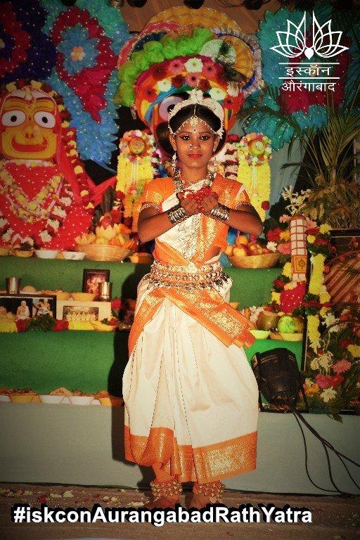 iskcon aurangabad rath yatra festival january 2019 45