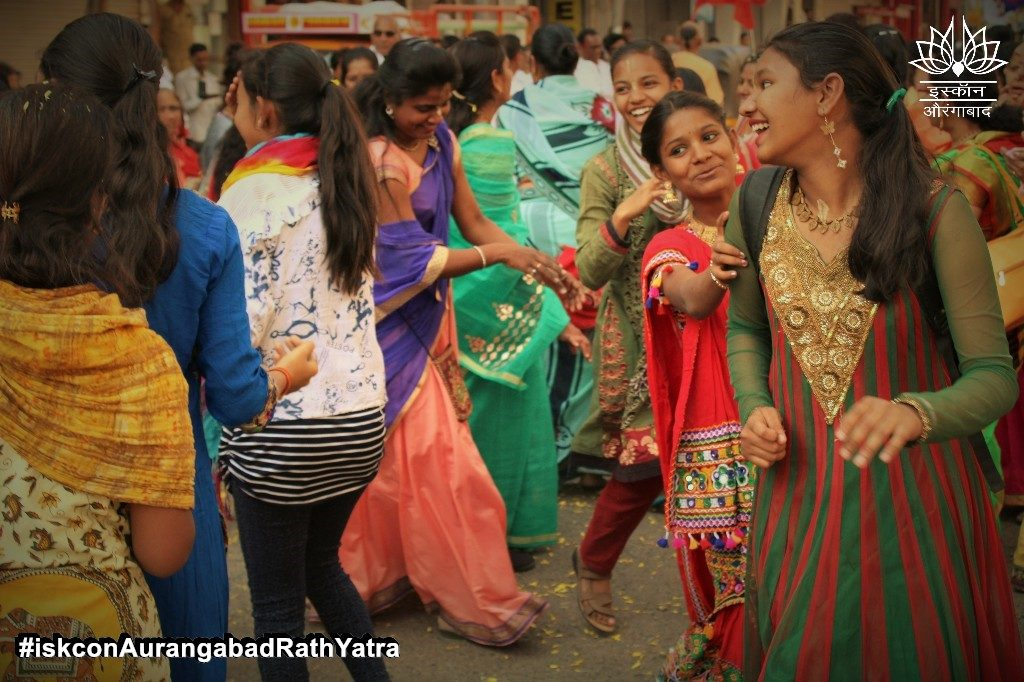 iskcon aurangabad rath yatra festival january 2019 15